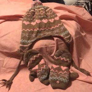 Girls brown winter hat w/ matching gloves/mittens